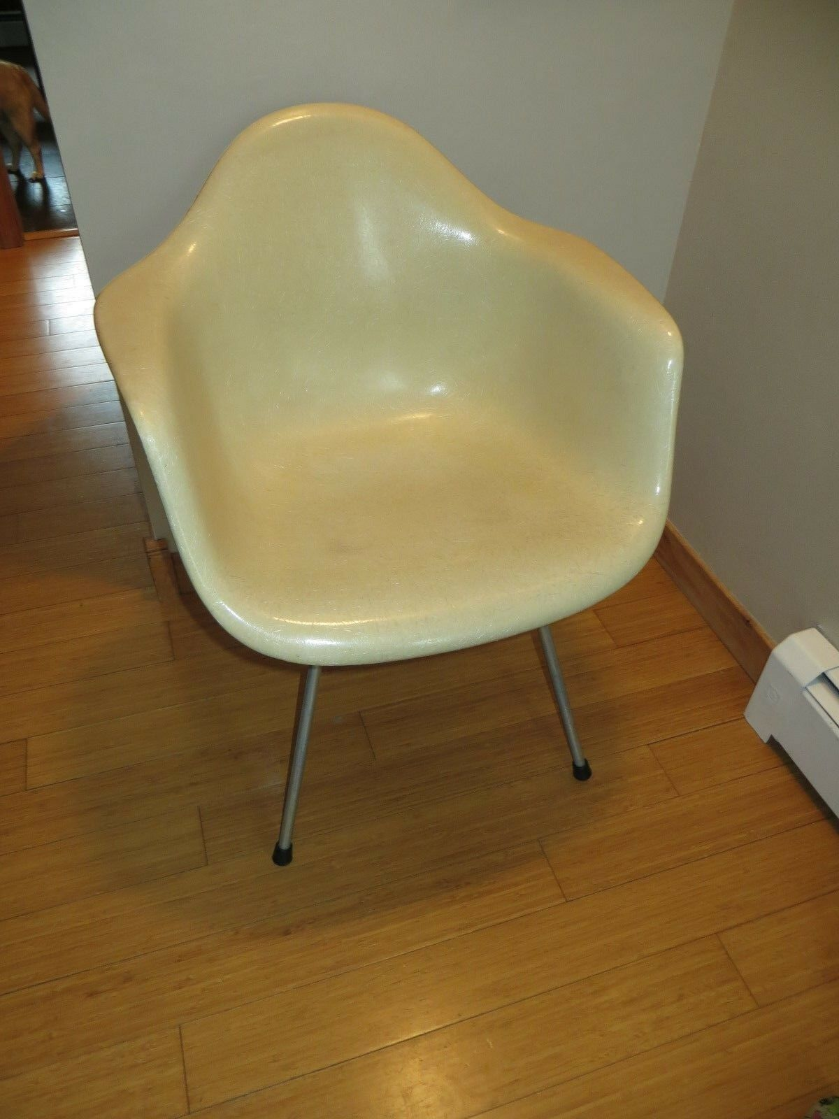 Charmant Vintage Mid Century Herman Miller Fiberglass Arm Chair Beige Shell Base  Retro 1 Of 12 ...