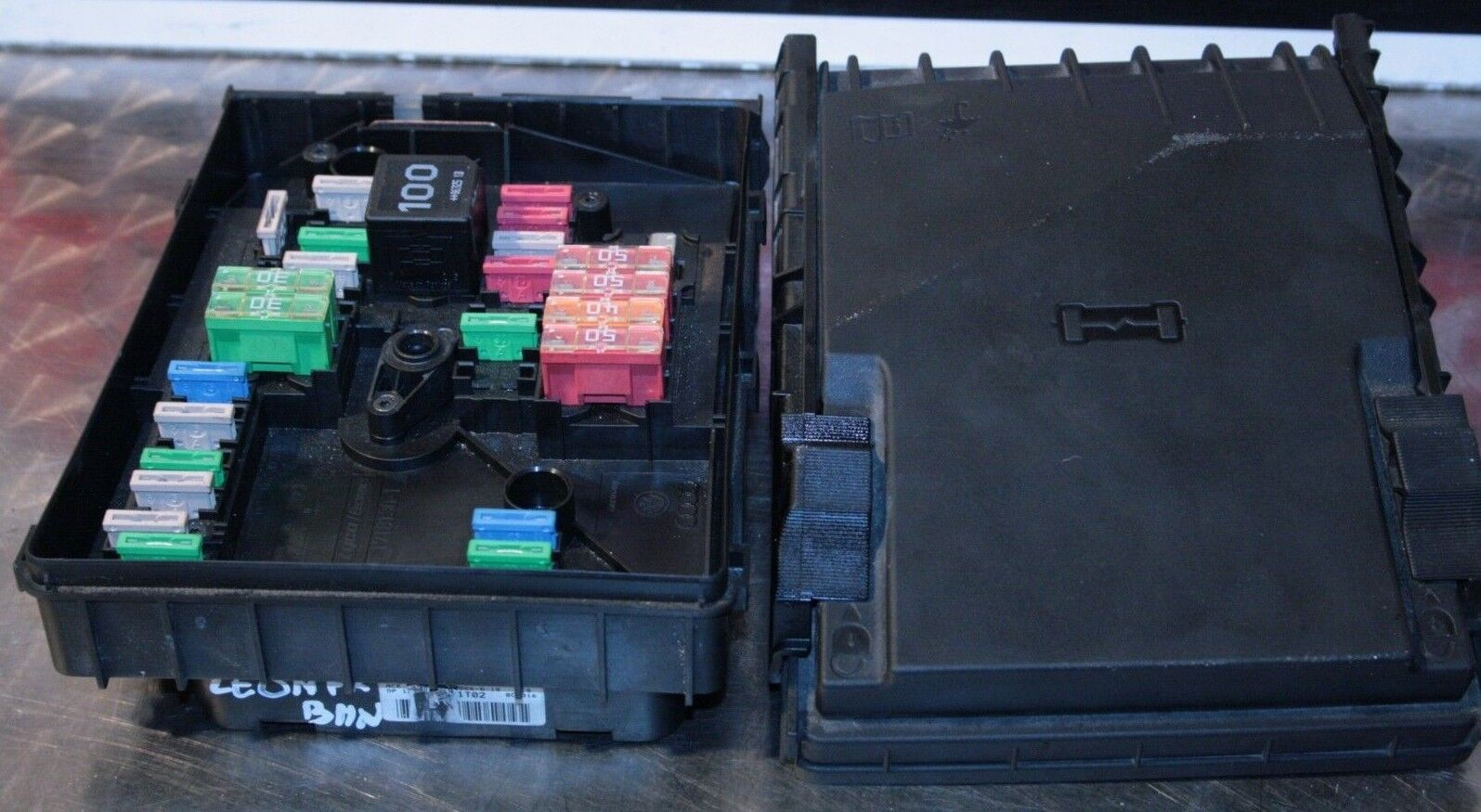 Seat Leon Mk2 Fuse Box Location Wiring Library Audi Tt 2007 Fr 20 Tdi Bmn 1k0937125a 1 Of 7 See More