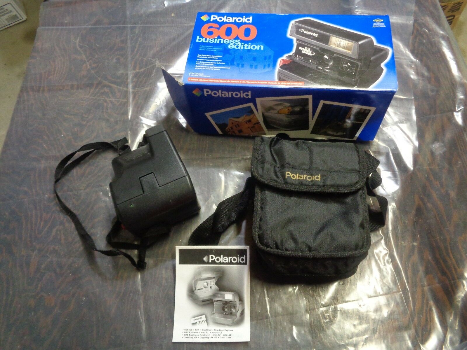 Polaroid 600 Business Edition 2 Instant Film Camera w/ Manual, Box,Carrying  Case 1 of 7 See More