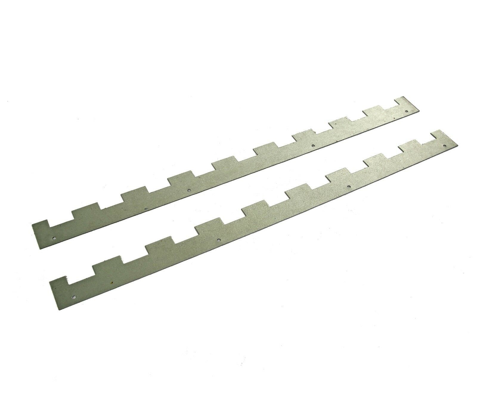 2 Castellated frame spacers (1 pair) holding 9 frames