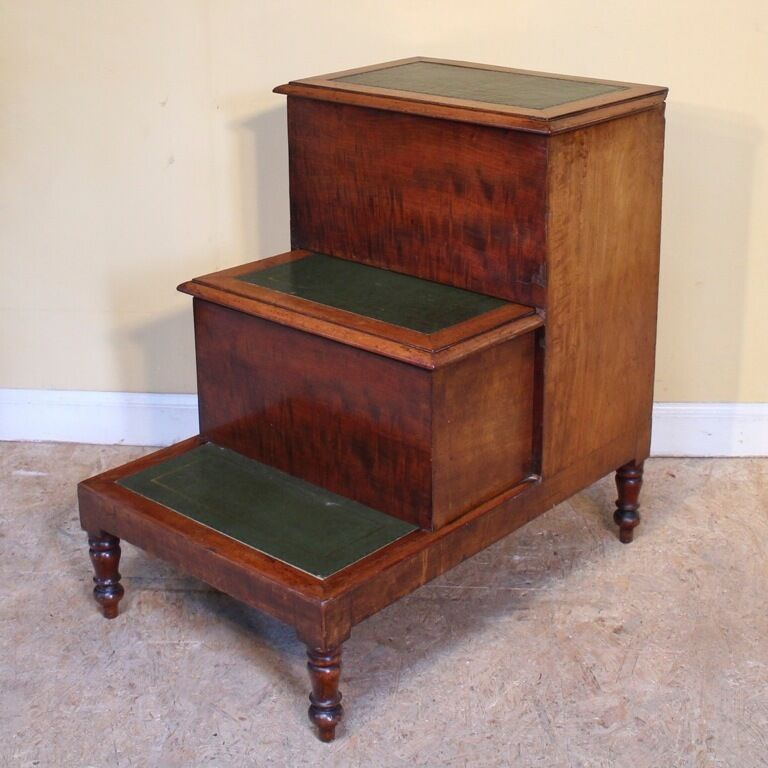 Georgian Mahogany Bed Steps/Bedside Commode or Library Steps *UK Delivery £95