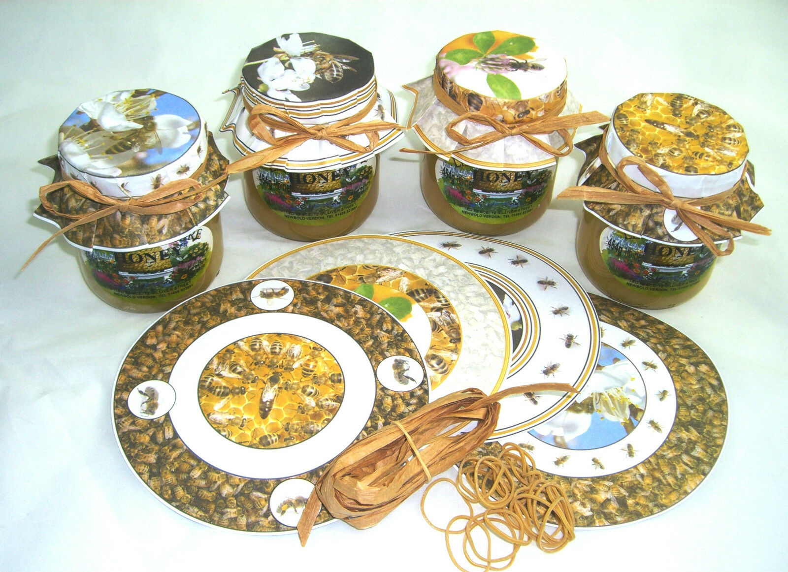 100 x Beekeeping HONEY JAR PAPERS - complete with rubber bands (25 of each)