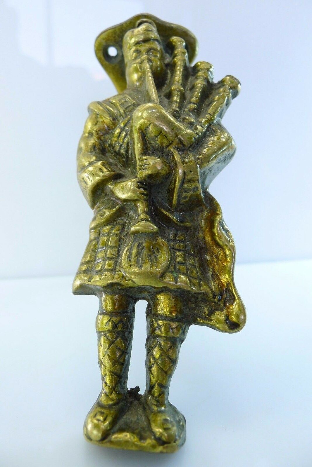 Scottish Bagpipe Player Solid 340 Grams & 5.89 Inches Tall Brass Door Knocker