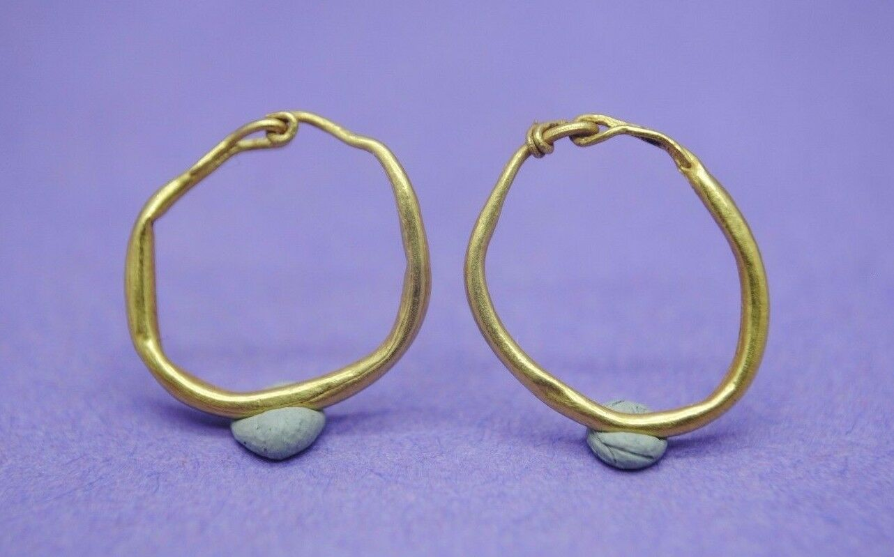 Nice pair of ancient Roman gold earrings 1st-4th century AD
