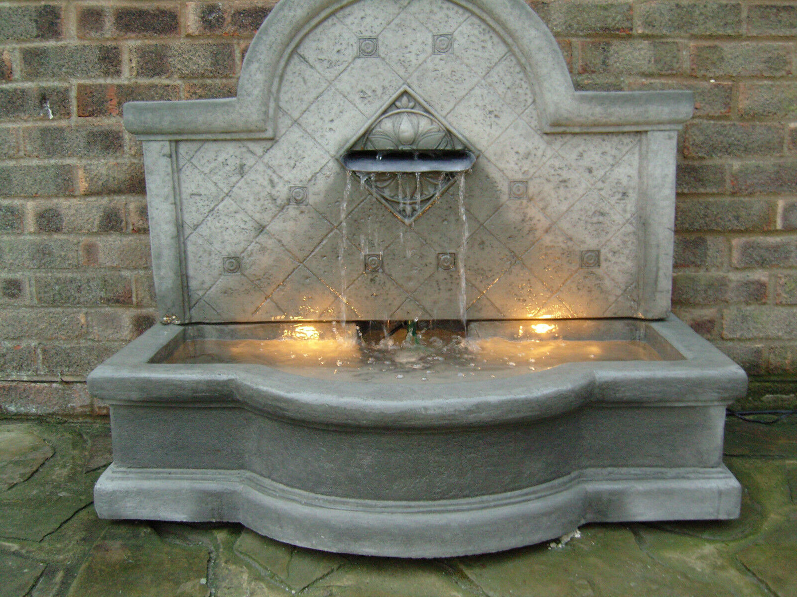 Large stone garden outdoor water fountain o gbp38999 for Large outdoor fountains