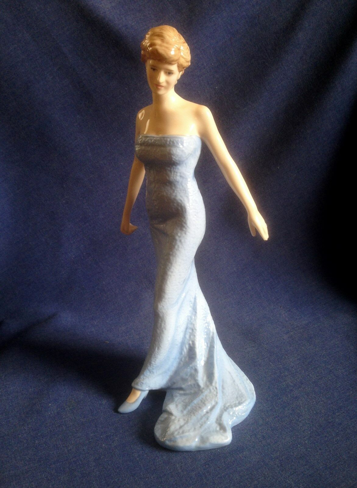 Royal doulton diana princess of wales figurine 32 for 32 princess of wales terrace