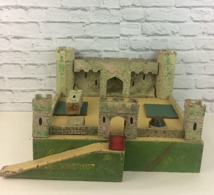 Vintage fold along triang hand made wooden fort for Old wooden forts