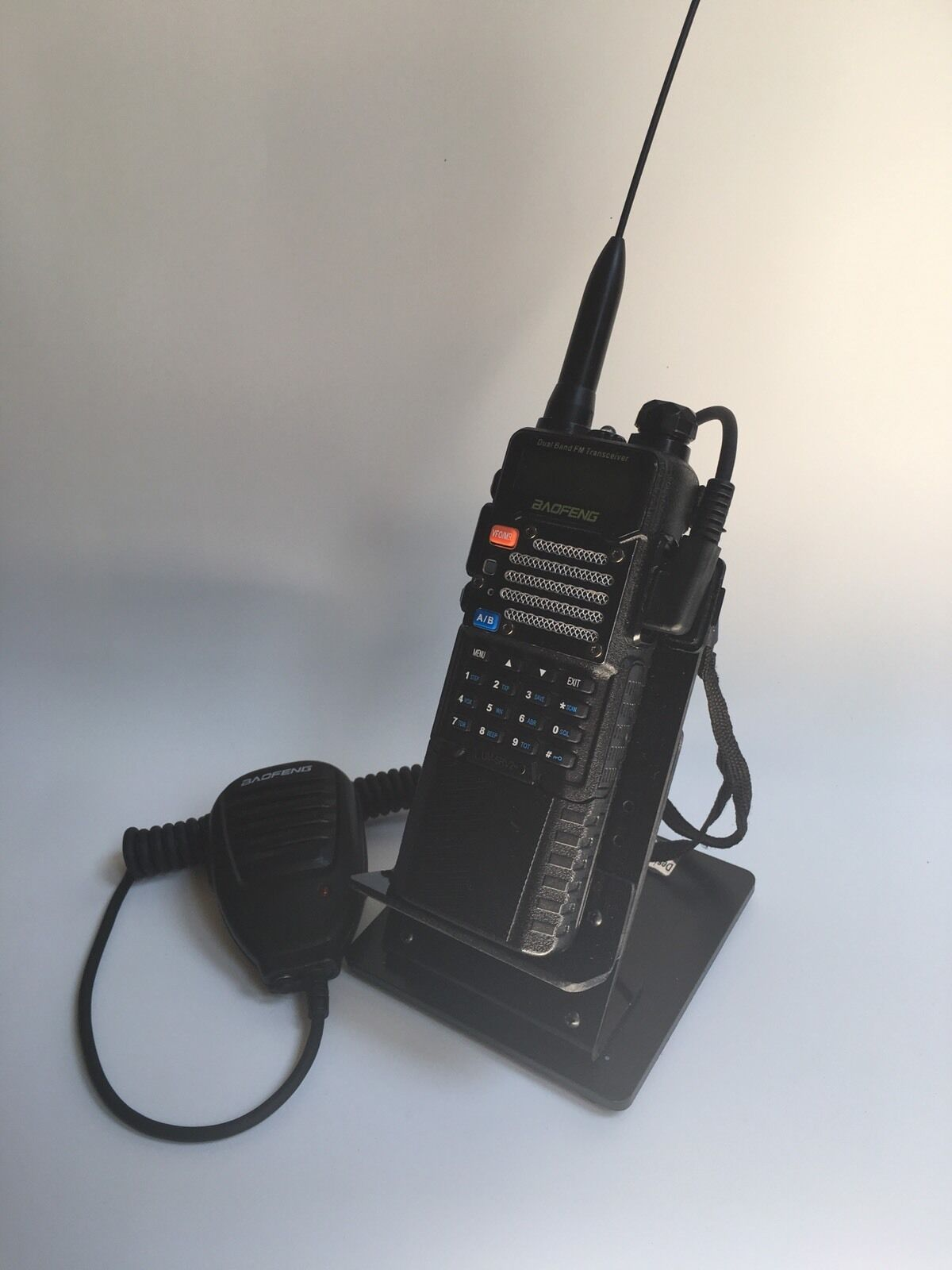 497 furthermore Yaesu Ft Dx 5000 in addition 0590 likewise 6 Antenna For 6 Meters as well YAESU FT 7 80 10M Vintage And QRP TRANSCEIVER HF 253076416629. on best ham radio transceivers