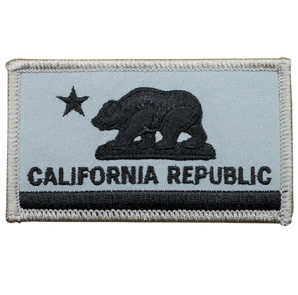 California Republic Flag Patch With Grizzly Bear