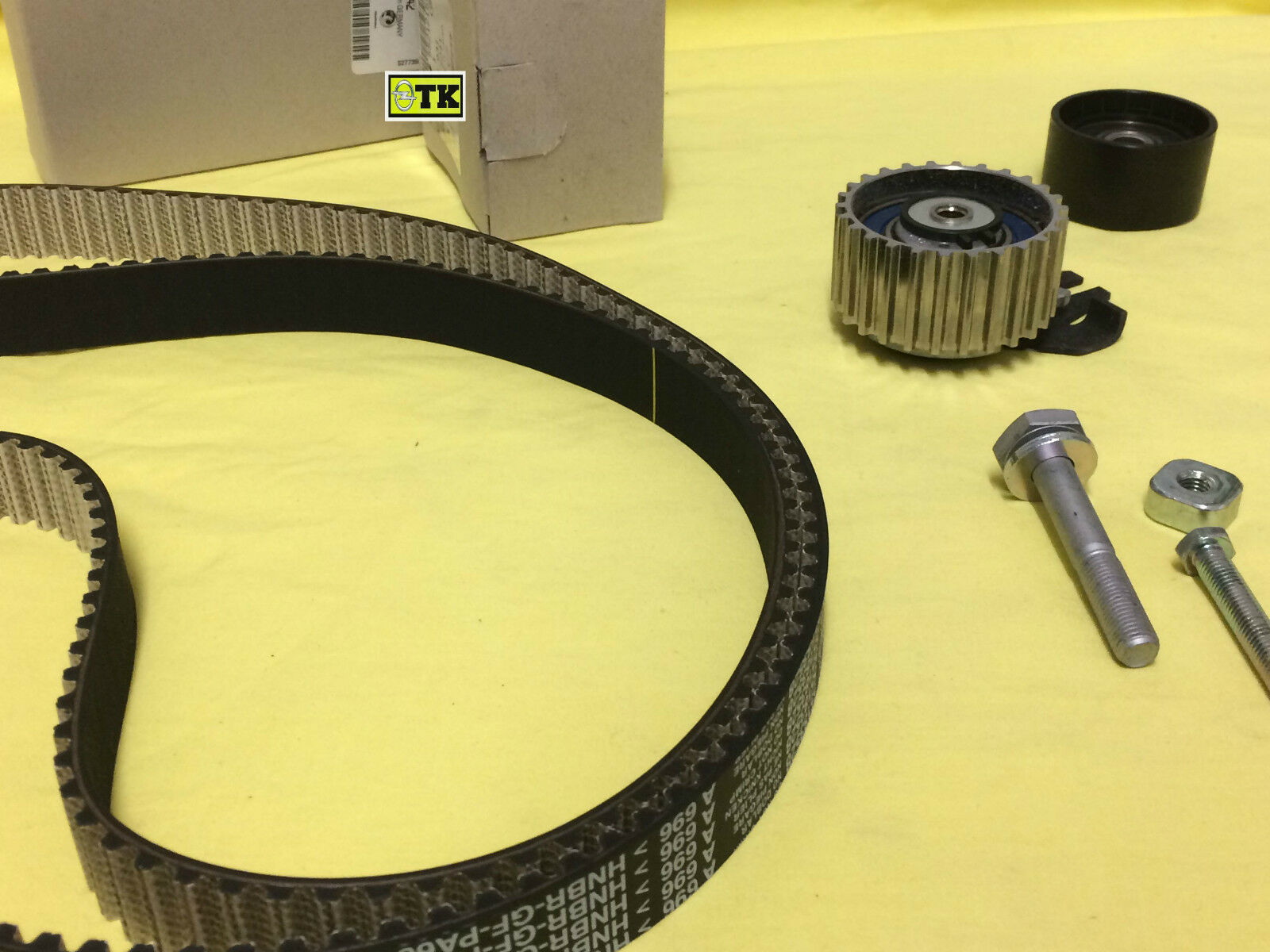 Orig Vauxhall Timing Belt Kit Astra Signum Vectra Zafira 19 Cdti 1 Of 2only 2 Available