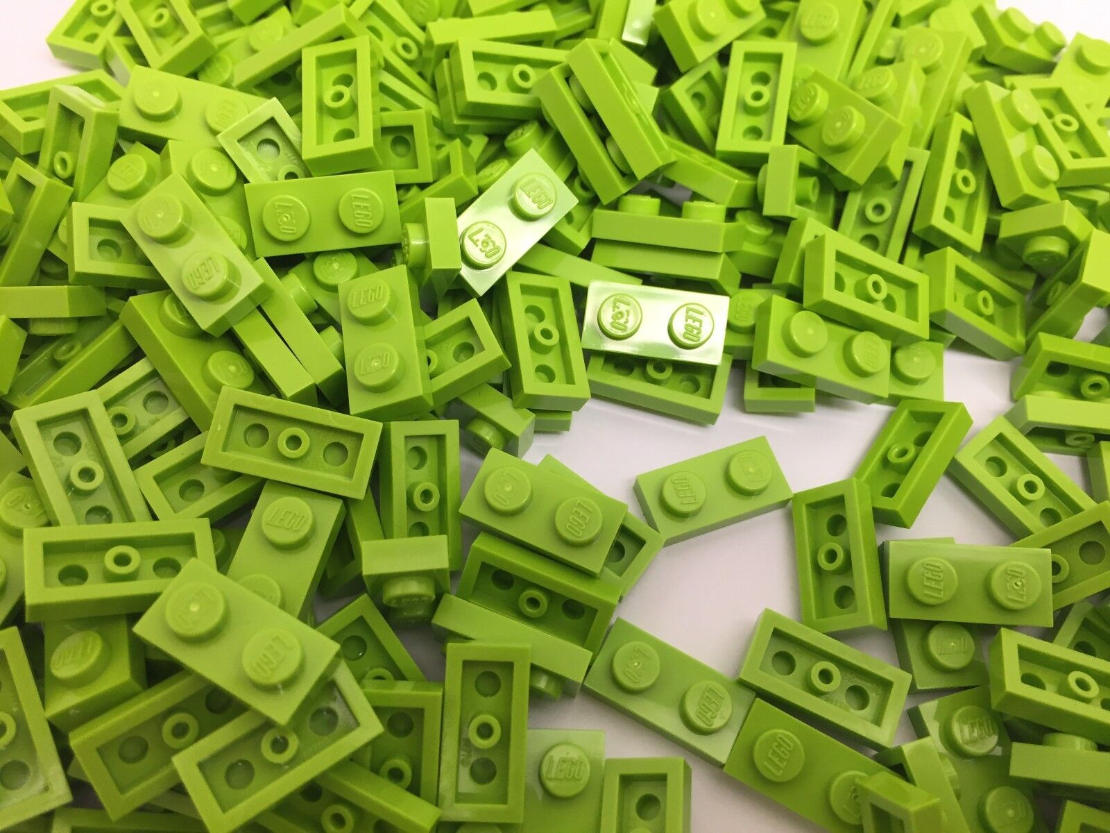 NEW Lime Green 1x1 Pin LEGO 100 Pieces Per Order
