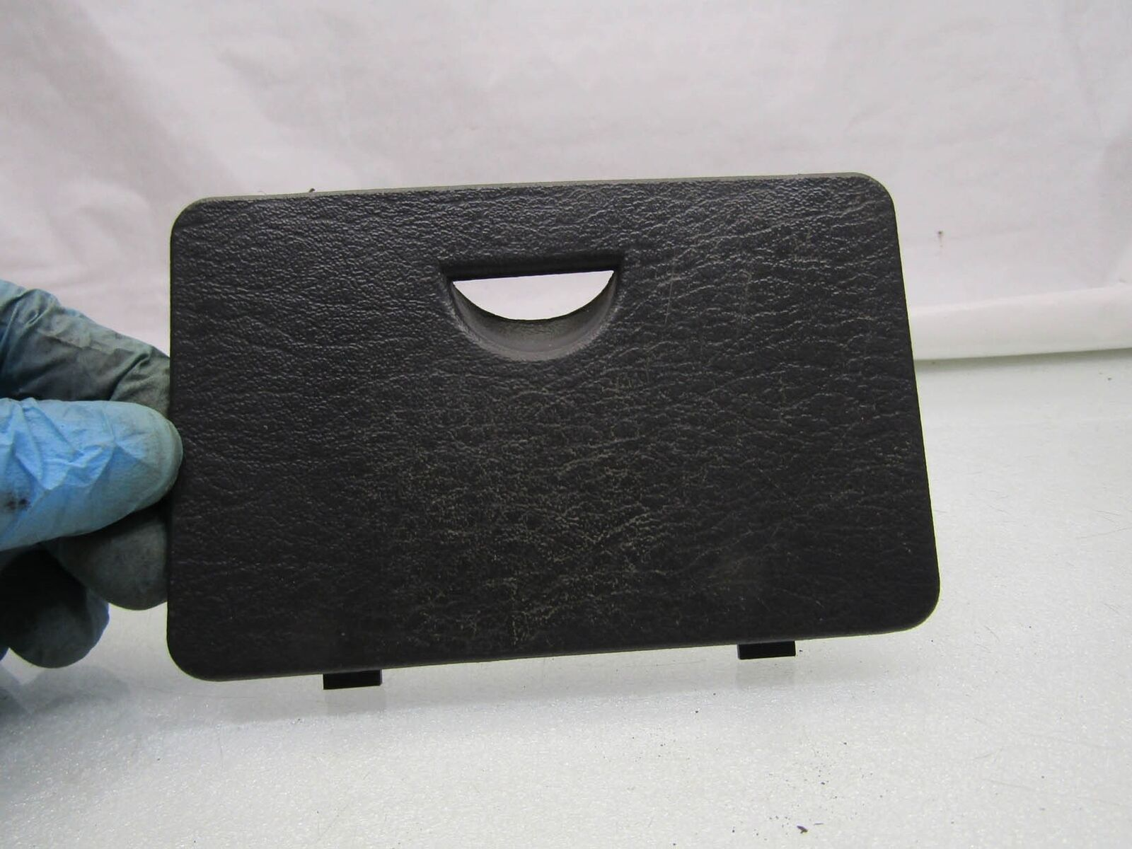 Jeep Cherokee XJ 84-01 facelift interior fuse box cover lid top panel  52216945AB 1 of 5Only 1 available ...