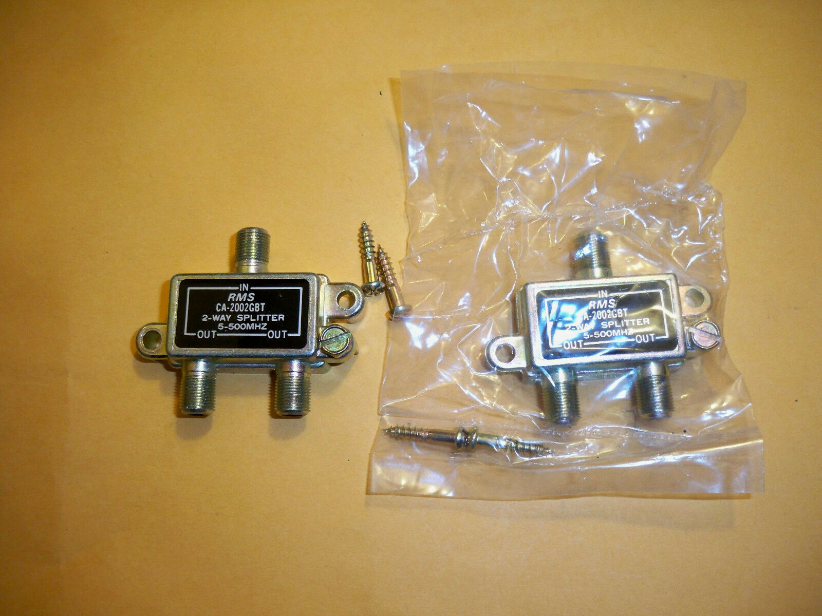 Two Rms Ca 2002gbt 2 Way Splitter Combine Cable Tv Satellite Switch 1 Of 1free Shipping See More