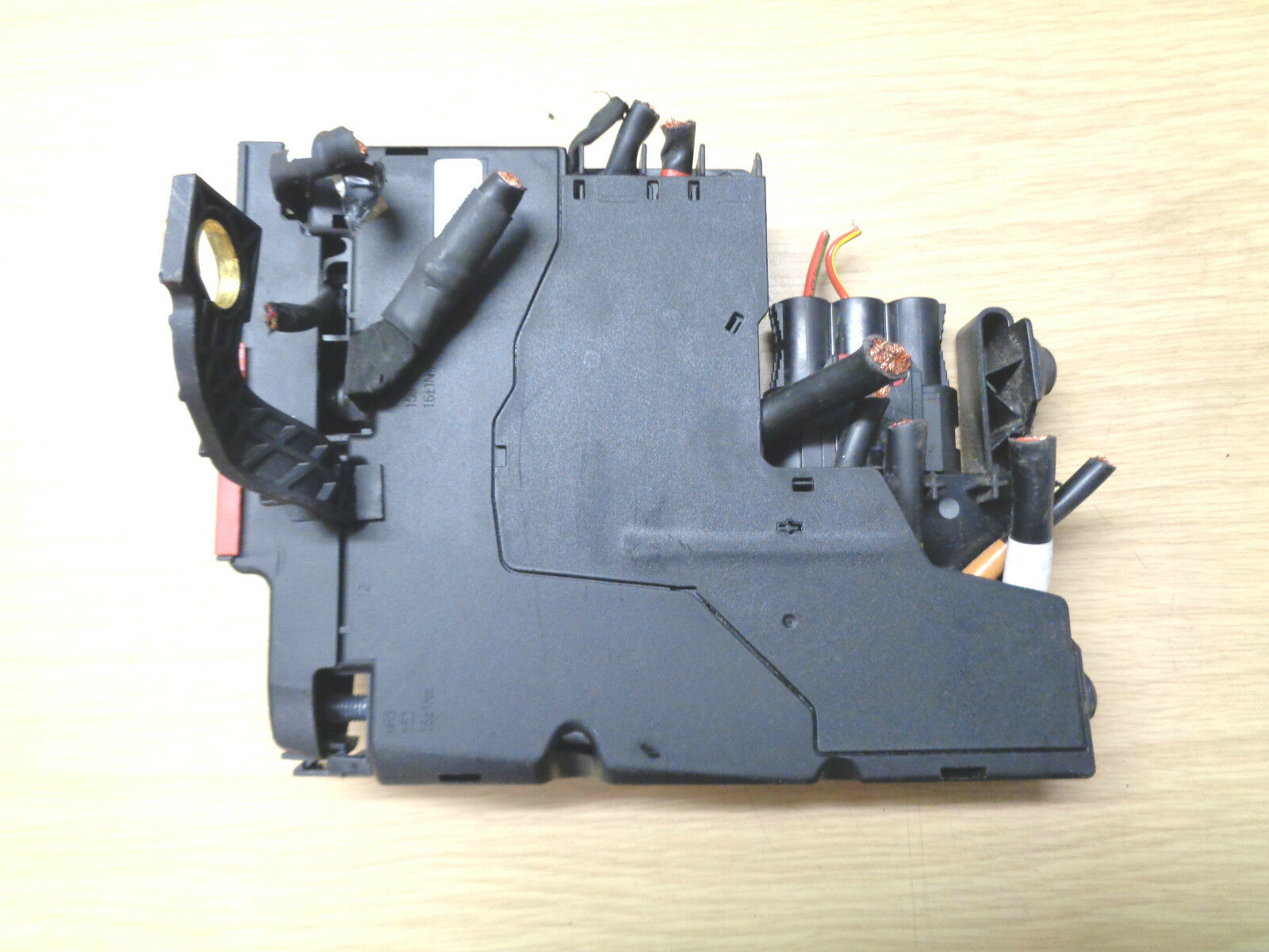Mercedes Benz E Class Amg Fuse Box A2125400581 A 212 540 05 81 2003 E320 1 Of 1only Available