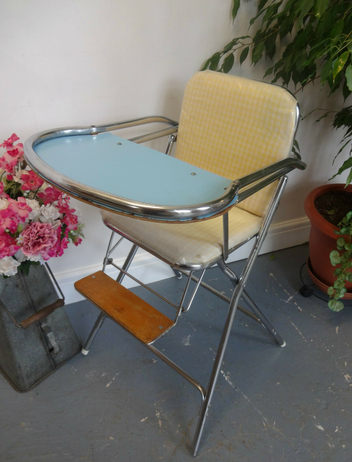 Lovely Vintage 1950's Cosco Style Baby Feeding High Chair
