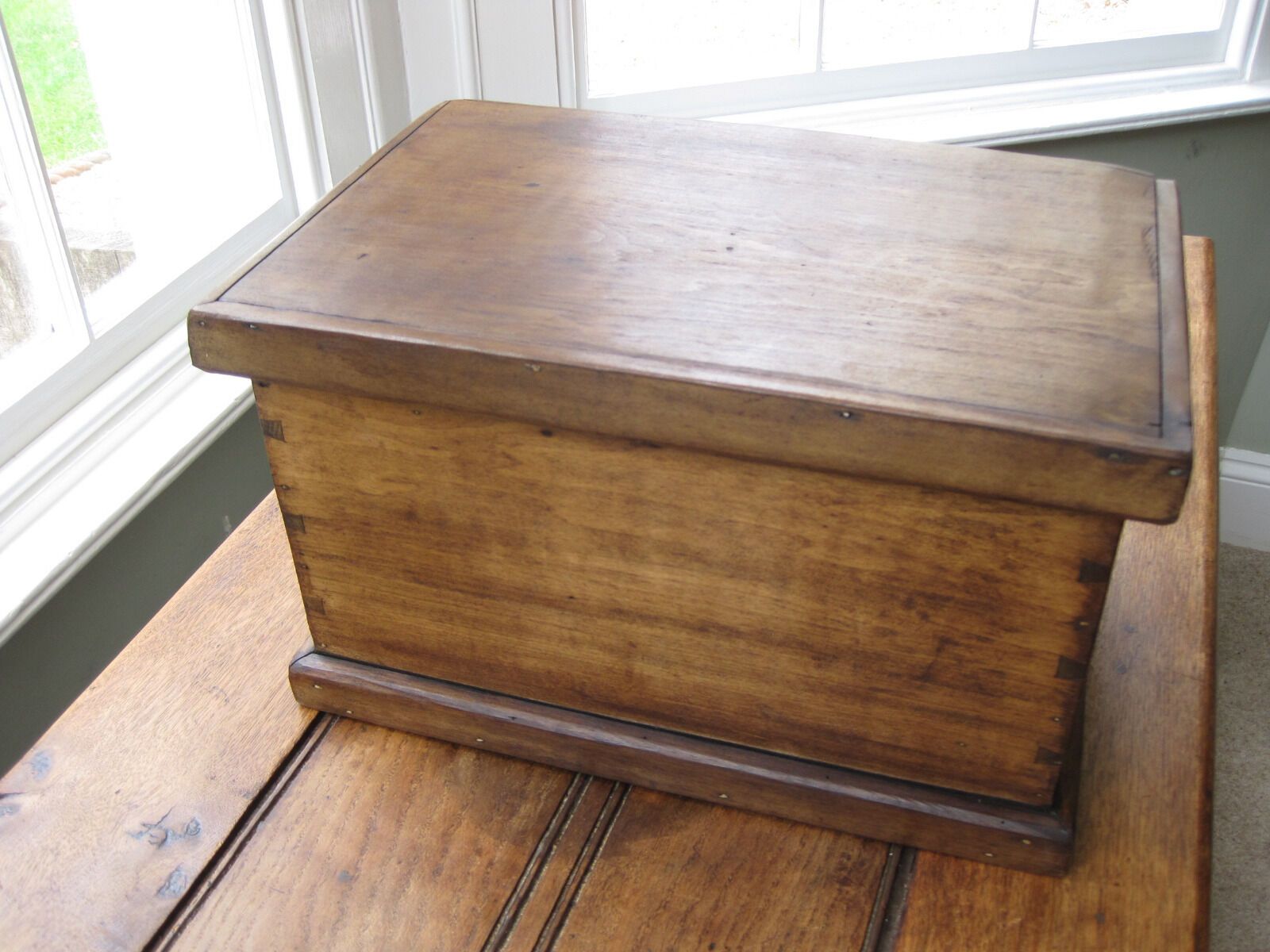 Vintage Pine Work Box With Lift Out Tray
