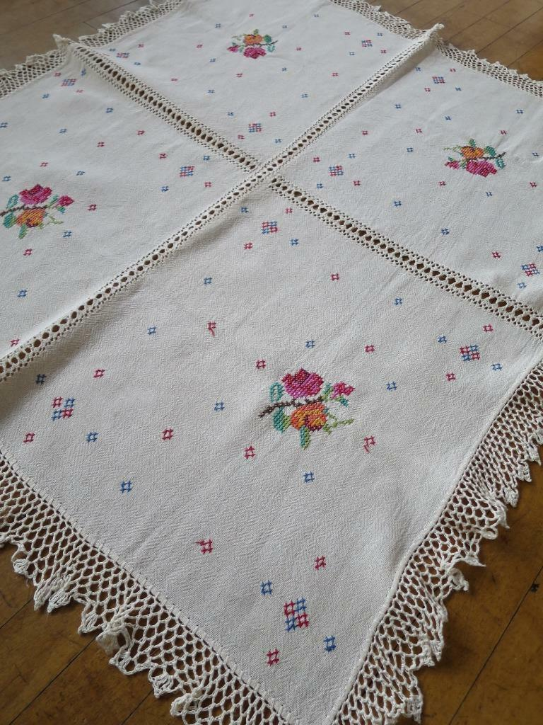 Pretty vintage linen hand embroidered table cloth cross