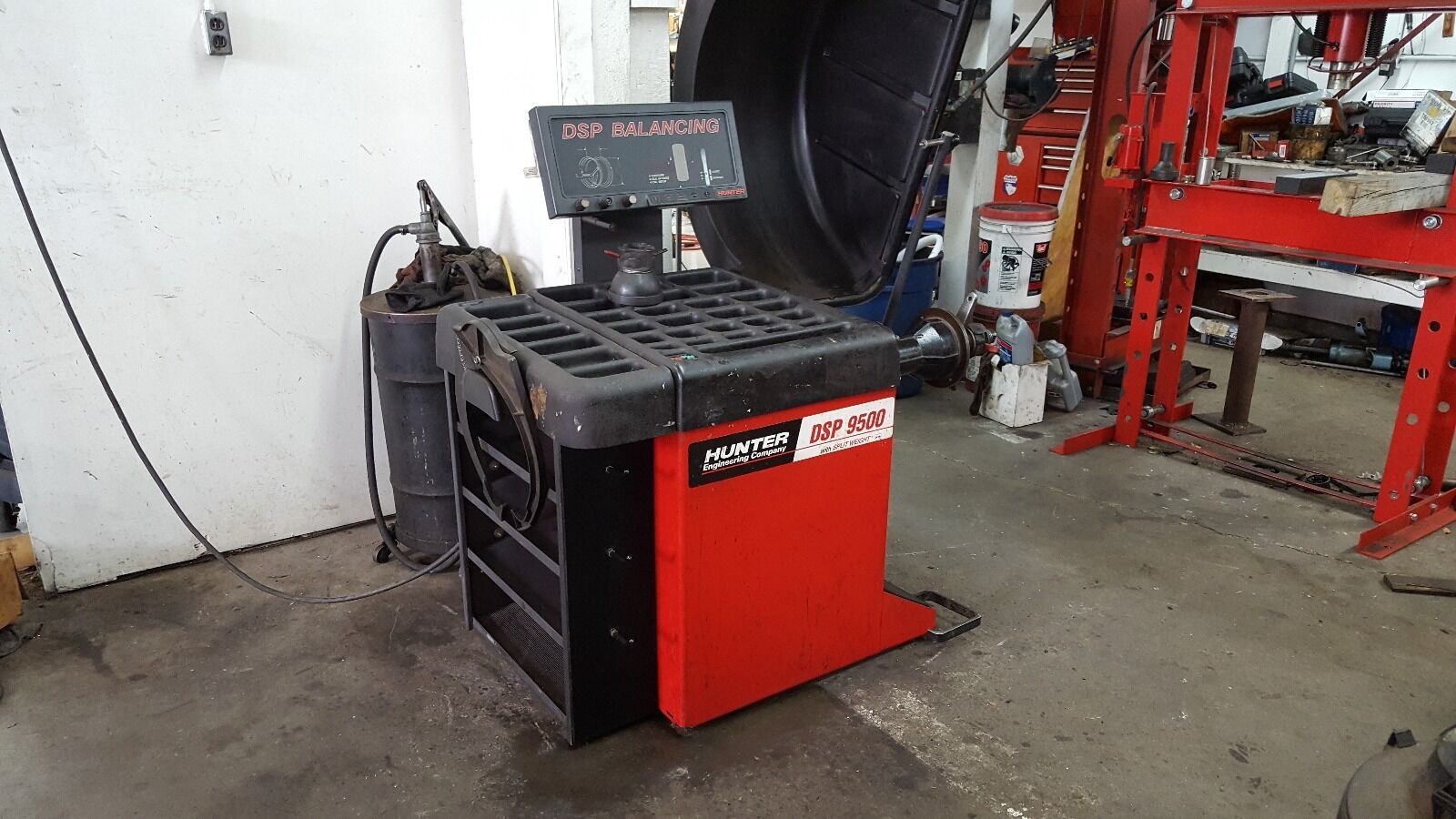 Hunter Dsp 9500 With Split Weight Wheel Balancer 1 of 2Only 1 available Hunter  Dsp ...