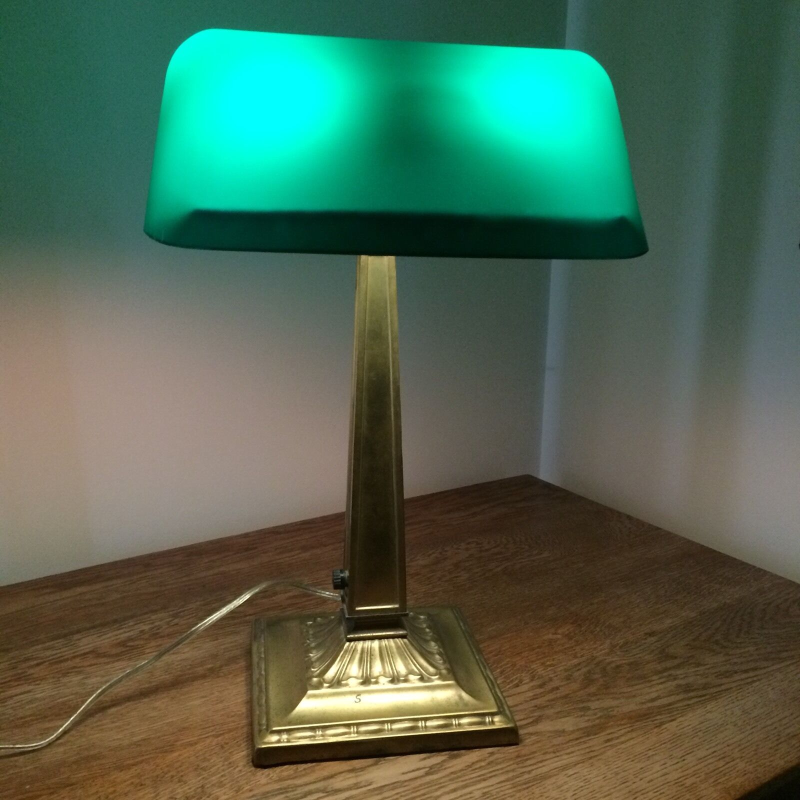 Vintage bankers desk lamp - Emeralite Vintage Bankers Desk Lamp 119 00 Emeralite Vintage Bankers Desk Lamp 119 00 1 Of 12