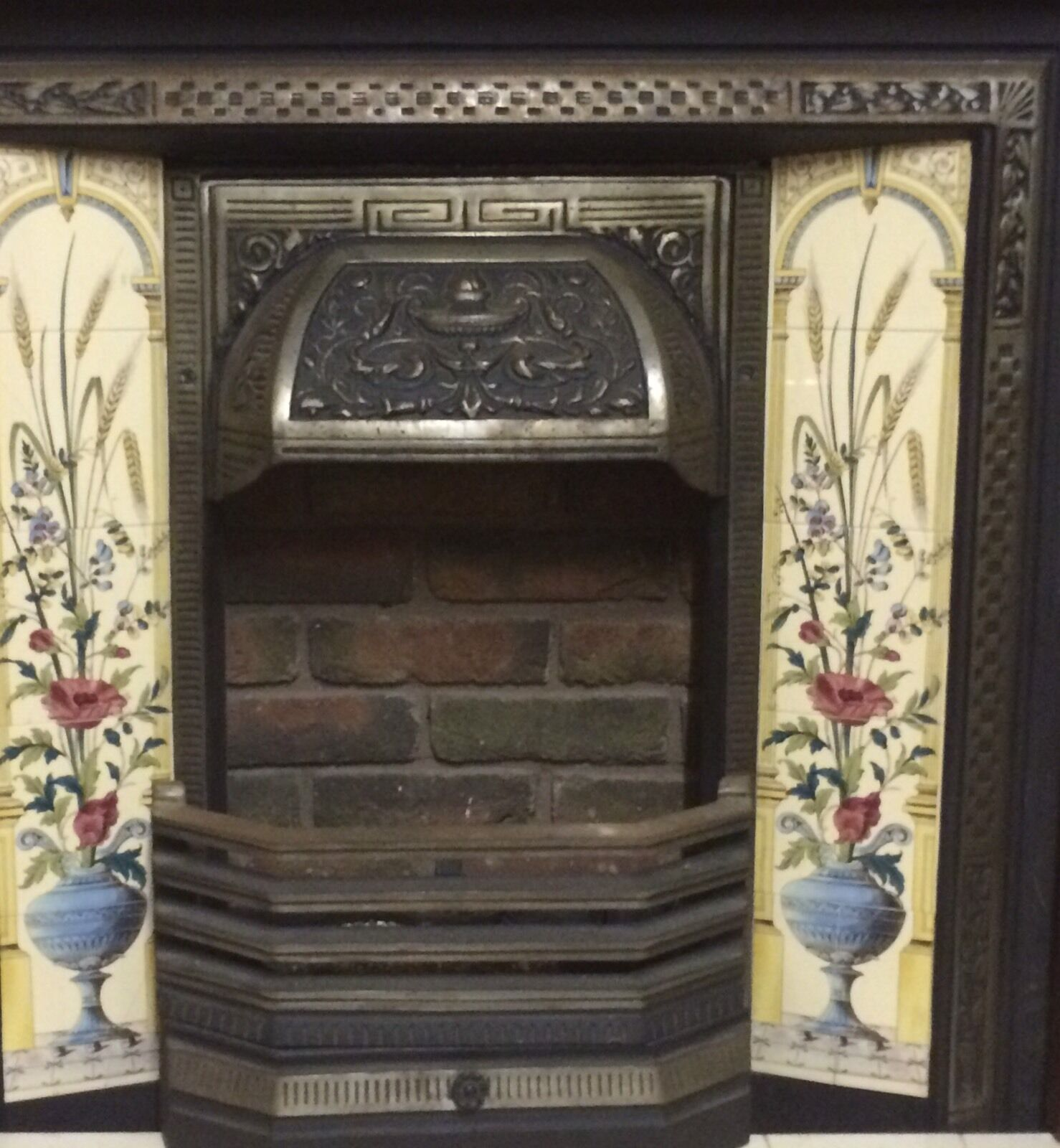 Decorative Cast Iron Fireplace And Open Gas Fire Picclick Uk