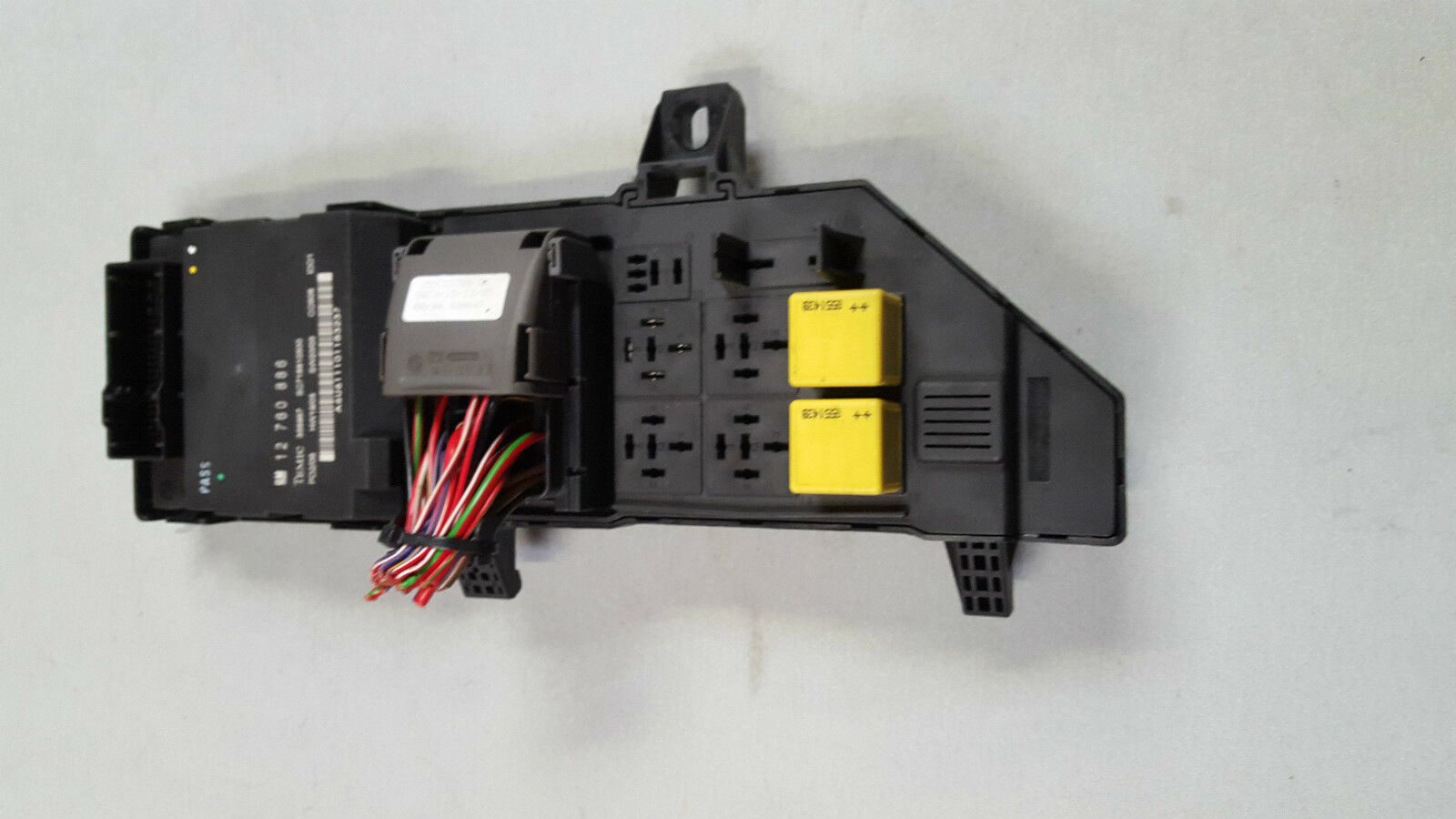 2003 2007 Saab 93 9 3 Fusebox 12760886 Bcm Body Control Module Fuse Box 1 Of 3only Available