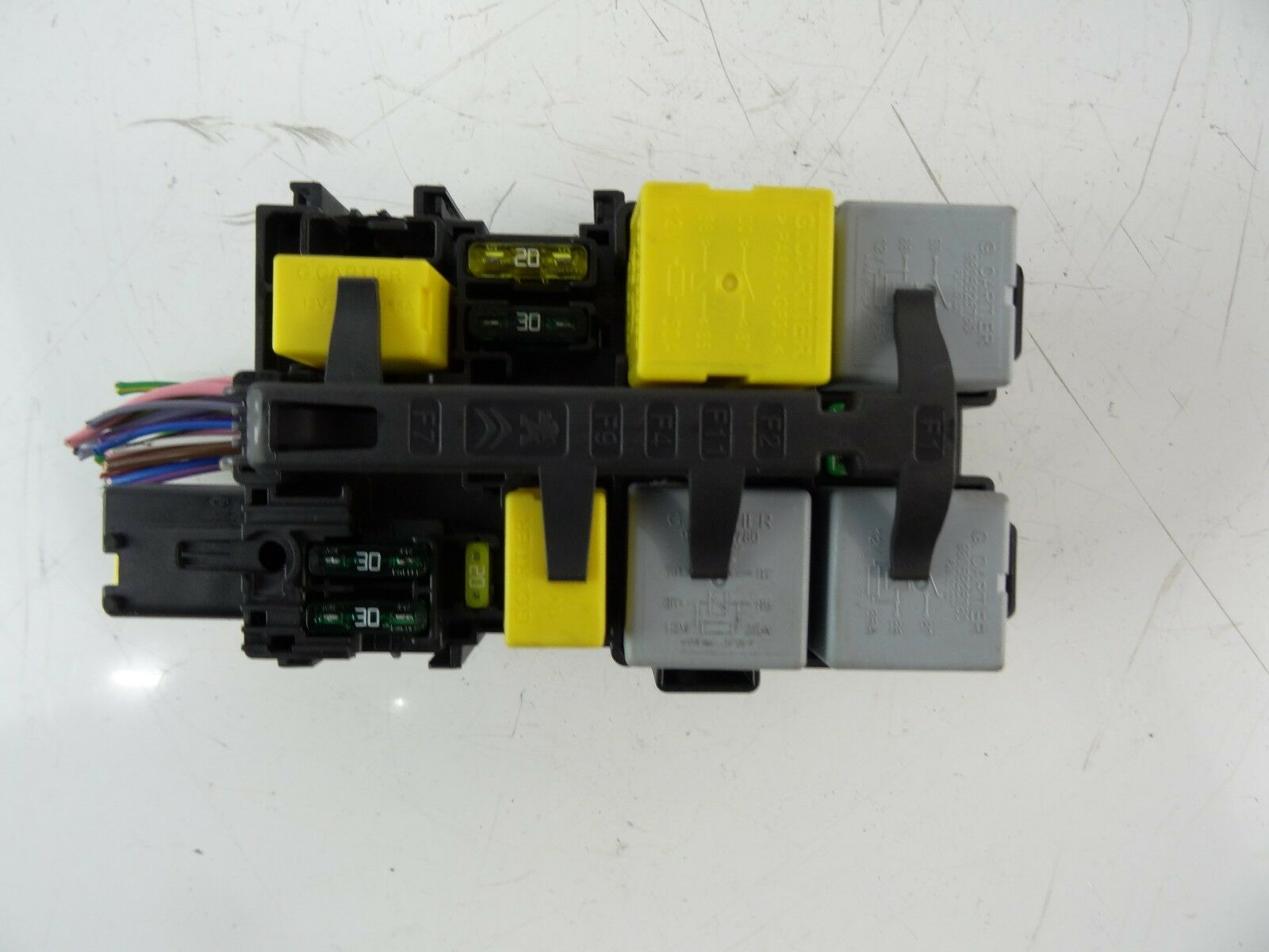 Citroen C4 Grand Picasso 2014 2017 Small Fuse Box 9806192580 1 Of 5only Available