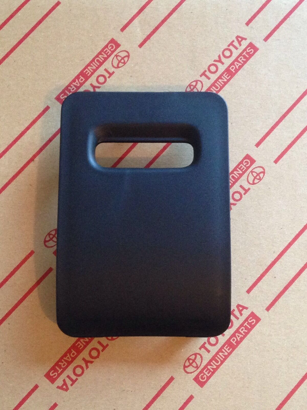 Genuine Oem Toyota Land Cruiser 91 94 Black Inner Fuse Box Cover 2005 Chevy Colorado 1 Of 2only Available See More