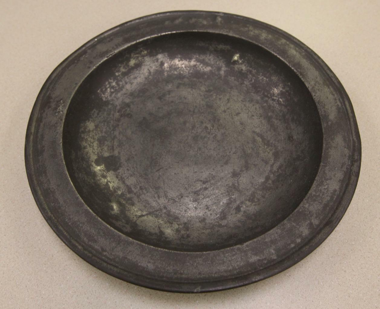 18th Century Pseudo Hallmark Townsend & Compton Pewter Charger Shallow Bowl
