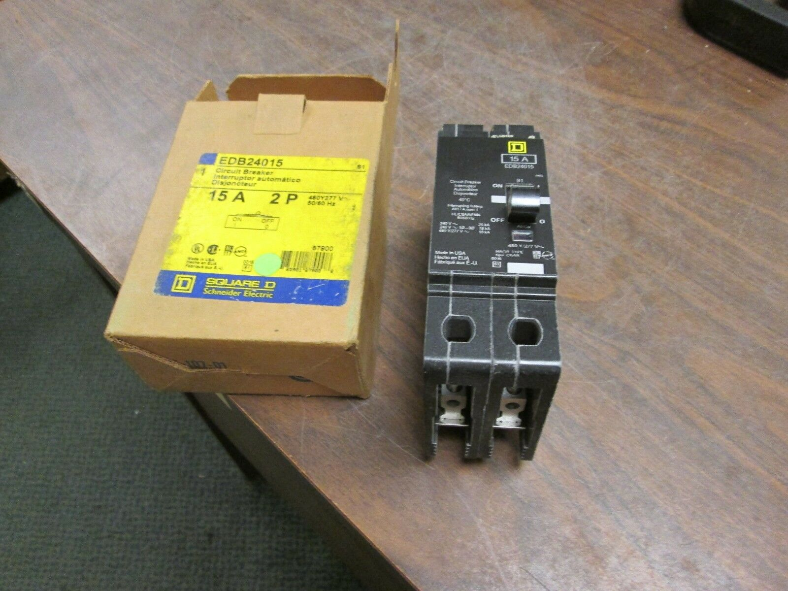 Square D Circuit Breaker Edb24015 15a 2p 480y 277v 50 60hz New Home Residential Zinsco Type R38 Surplus