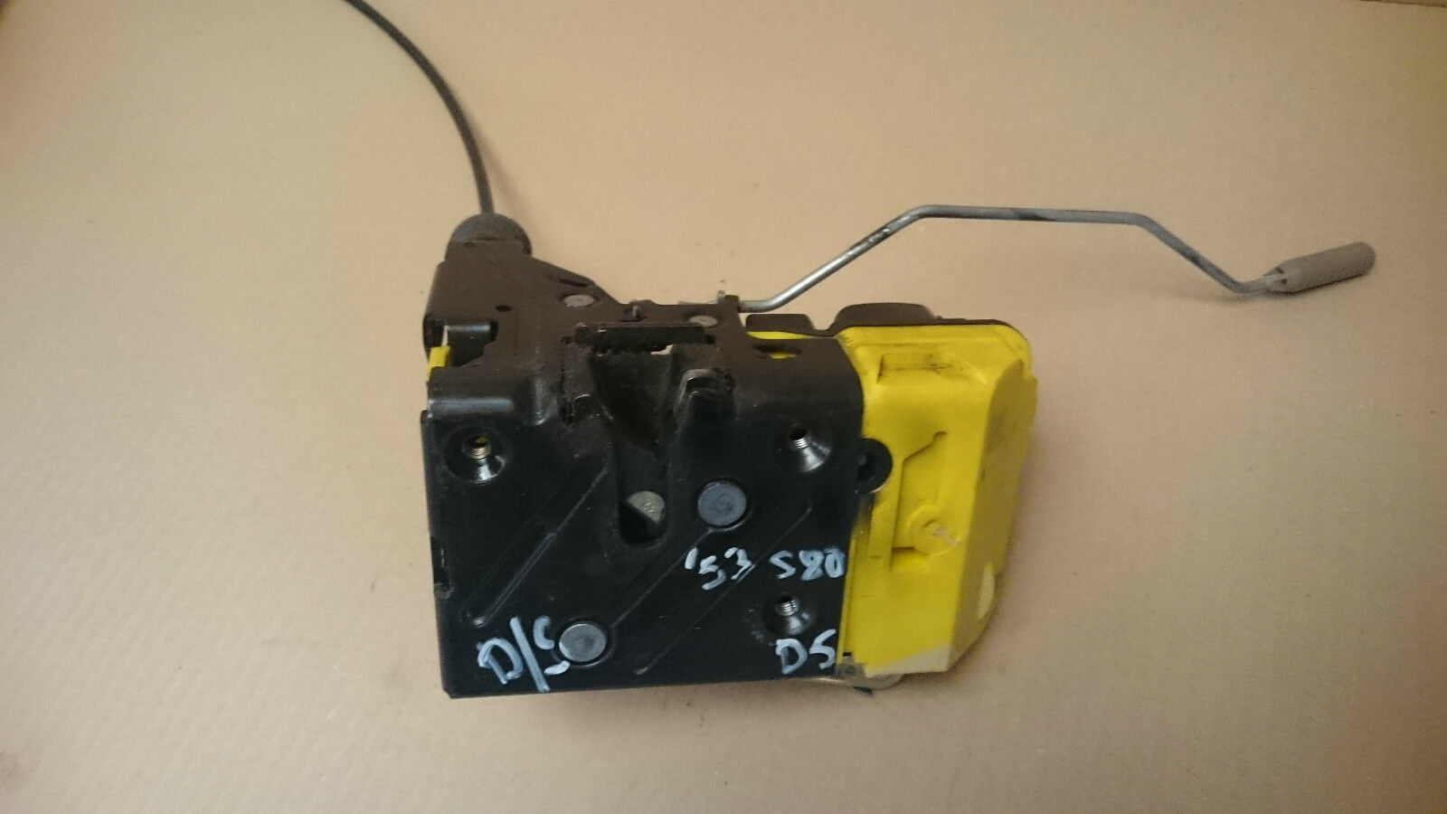 Volvo S80 24 D5 Front Driver Door Lock Mechanism 30634615 1791 2001 S40 1 Of 6only Available