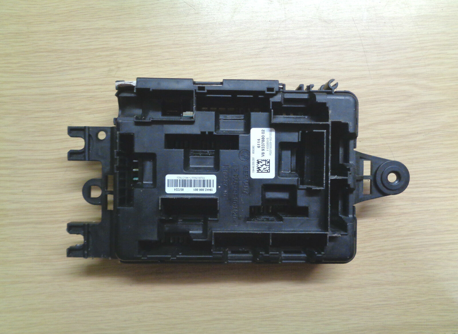 Bmw 1 3 Series F20 F30 F31 Sam Fuse Box Control Module 9337880 Of 2only Available
