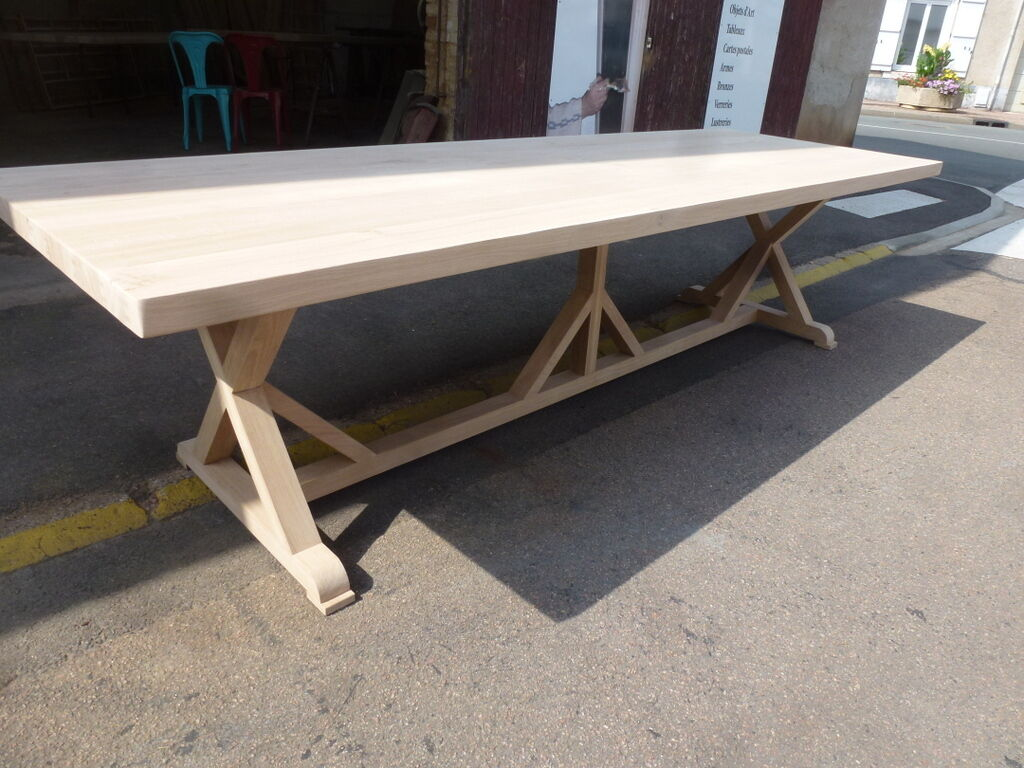 Immense table monast re en x en ch ne de 3m salle manger for Table de salle a manger 3m