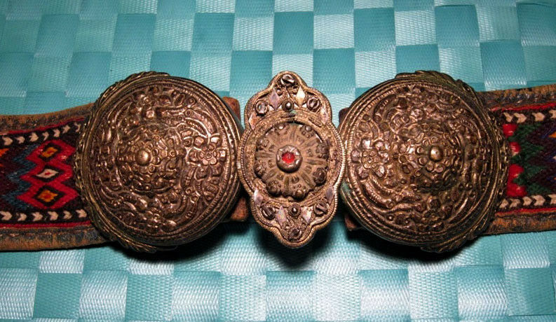 GORGEOUS ANTIQUE LEATHER & WOOL BELT w/ SILVER BUCKLE CLASP SET!!!