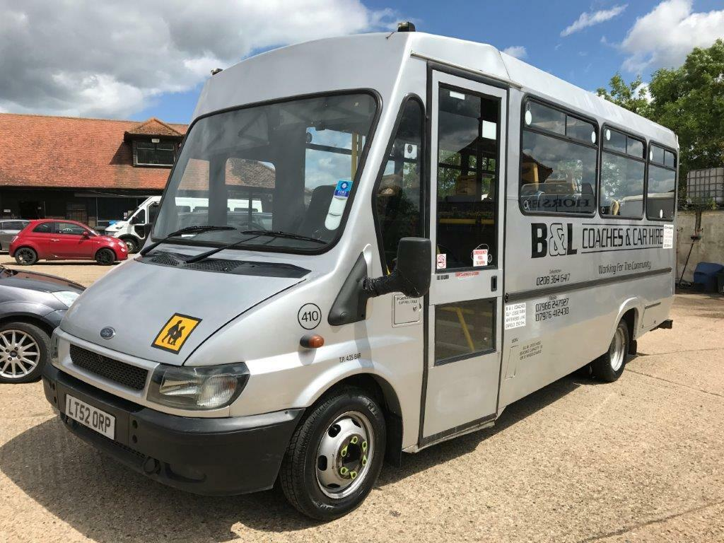 ford transit 350 lwb 2 4tdci silver minibus 2002 52 ideal. Black Bedroom Furniture Sets. Home Design Ideas
