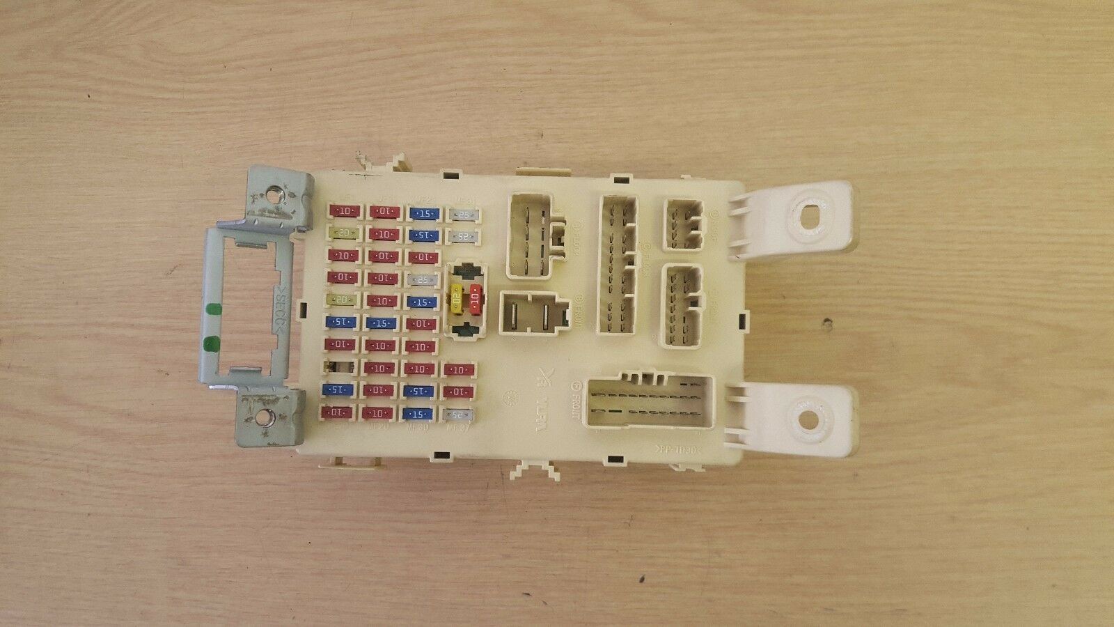 Hyundai I20 Under Dash Fuse Box 91950 1j030 1330 Picclick Uk 1 Of 3only Available