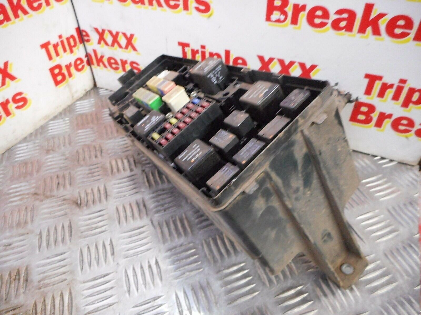 2008 Isuzu Rodeo Denver 25td Fuse Box 2600 Picclick Uk 1 Of 1only Available