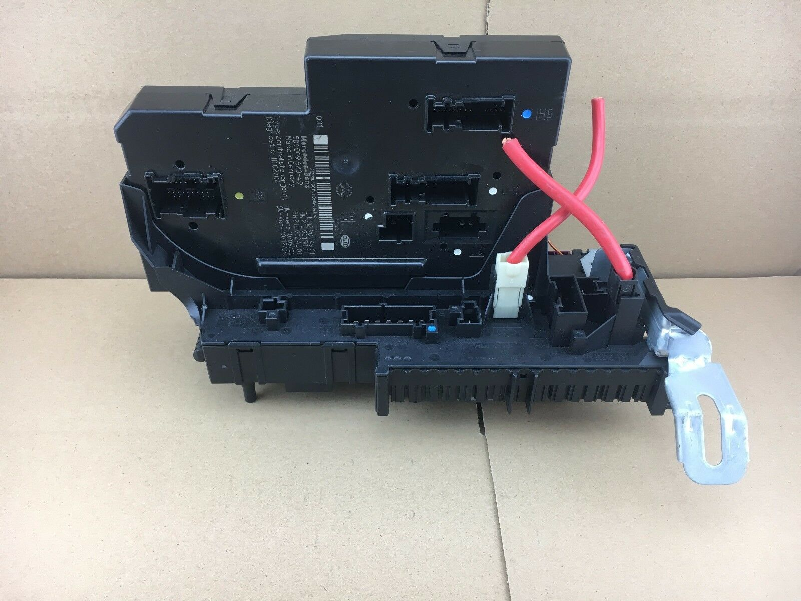 Mercedes E Class W212 Rear Sam Unit Fuse Relay Box A2129004901 Bmw E46 Ecu 1 Of 2only Available See More