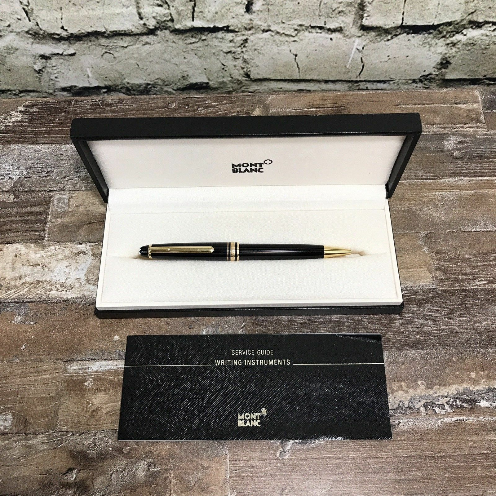 Montblanc Meisterstuck together with Ballpoint Pens 29826 besides 232139916759 in addition 232139916759 additionally 361390500673. on 10883 meisterstueck classique ballpoint pen