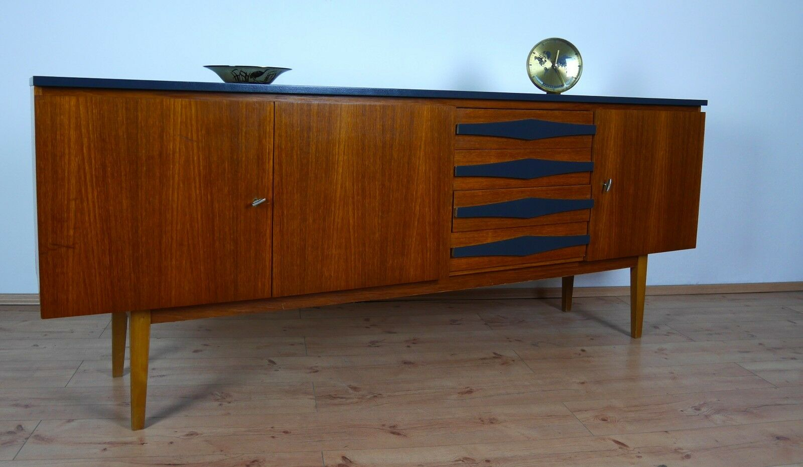 teak sideboard kommode schrank 50er 60er jahre danish. Black Bedroom Furniture Sets. Home Design Ideas