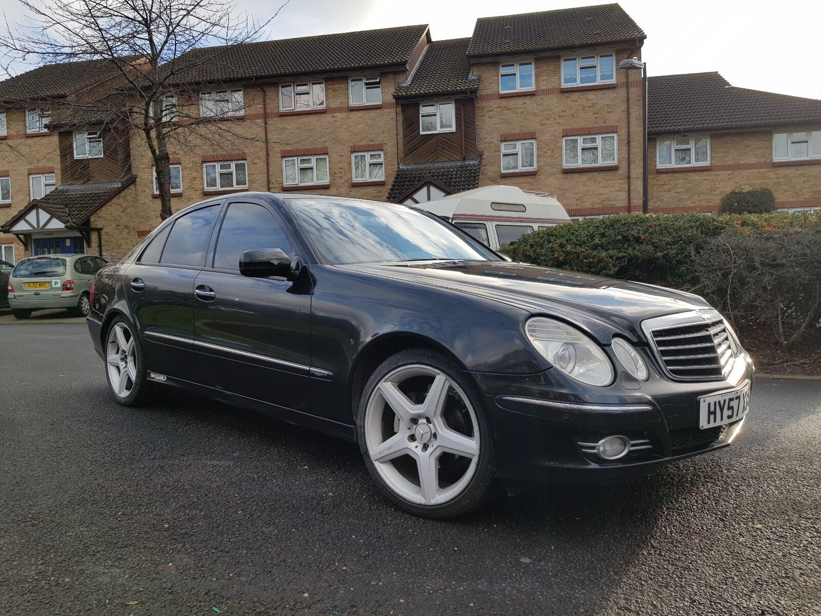Mercedes benz e320cdi diesel v6 7g tronic avantgarde auto for Mercedes benz v6