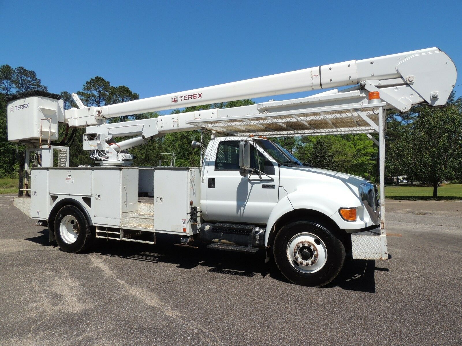 Terex hi ranger service manual array 2007 ford f 750 terex hi ranger 55 foot bucket truck in mississippi rh fandeluxe Image collections
