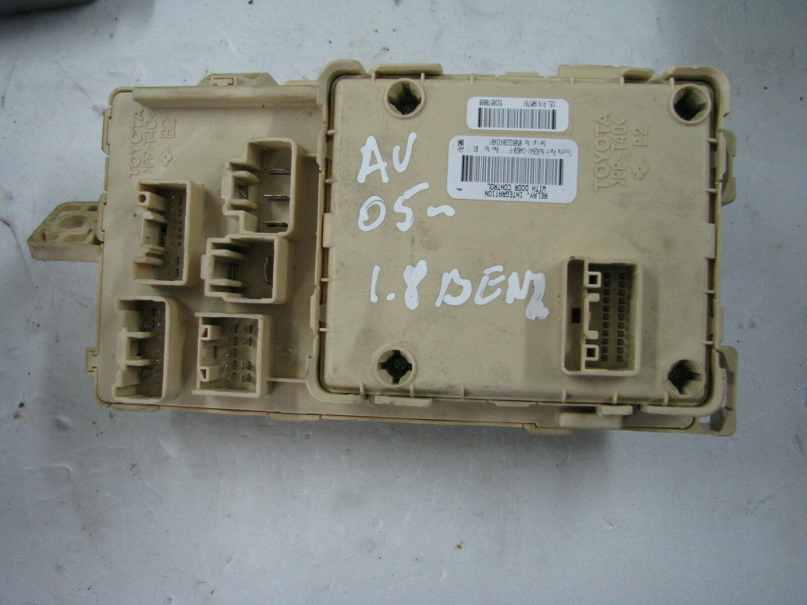 Toyota Avensis 18 Main Fuse Box Multiplex Network Body 82641 Ca020 Addacircuit Piggy Back Mini Blade Holder Blue 20amp 1 Of 4 See More