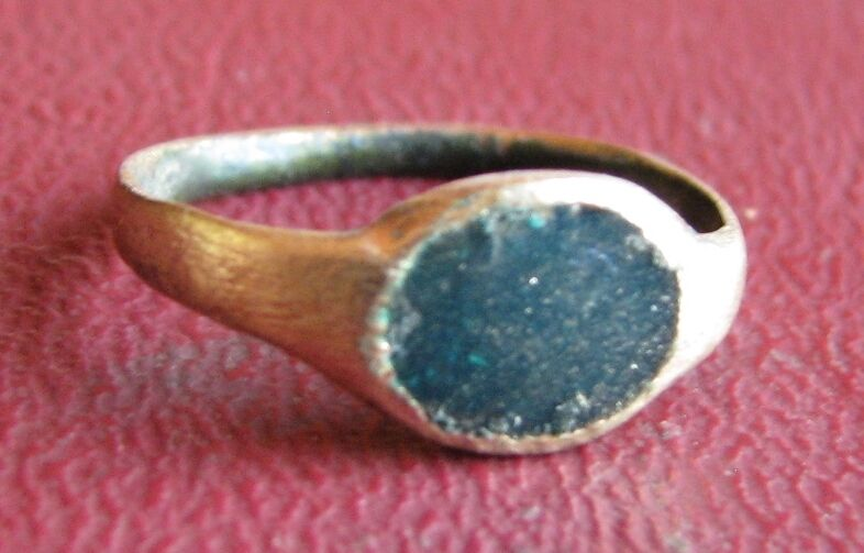 Ancient Artifact > 17th Century Bronze Finger Ring SZ: 2 US 13.25mm 14472 DR