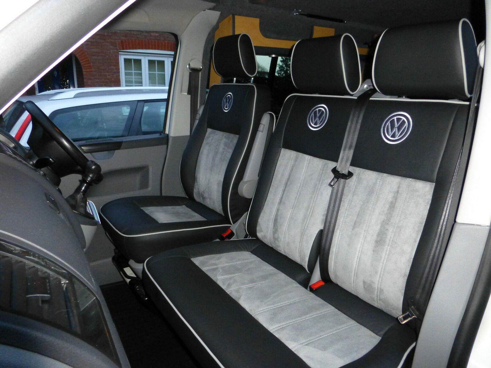 Vw Transporter T5 2 Captains Qualit Alcantara And Leather