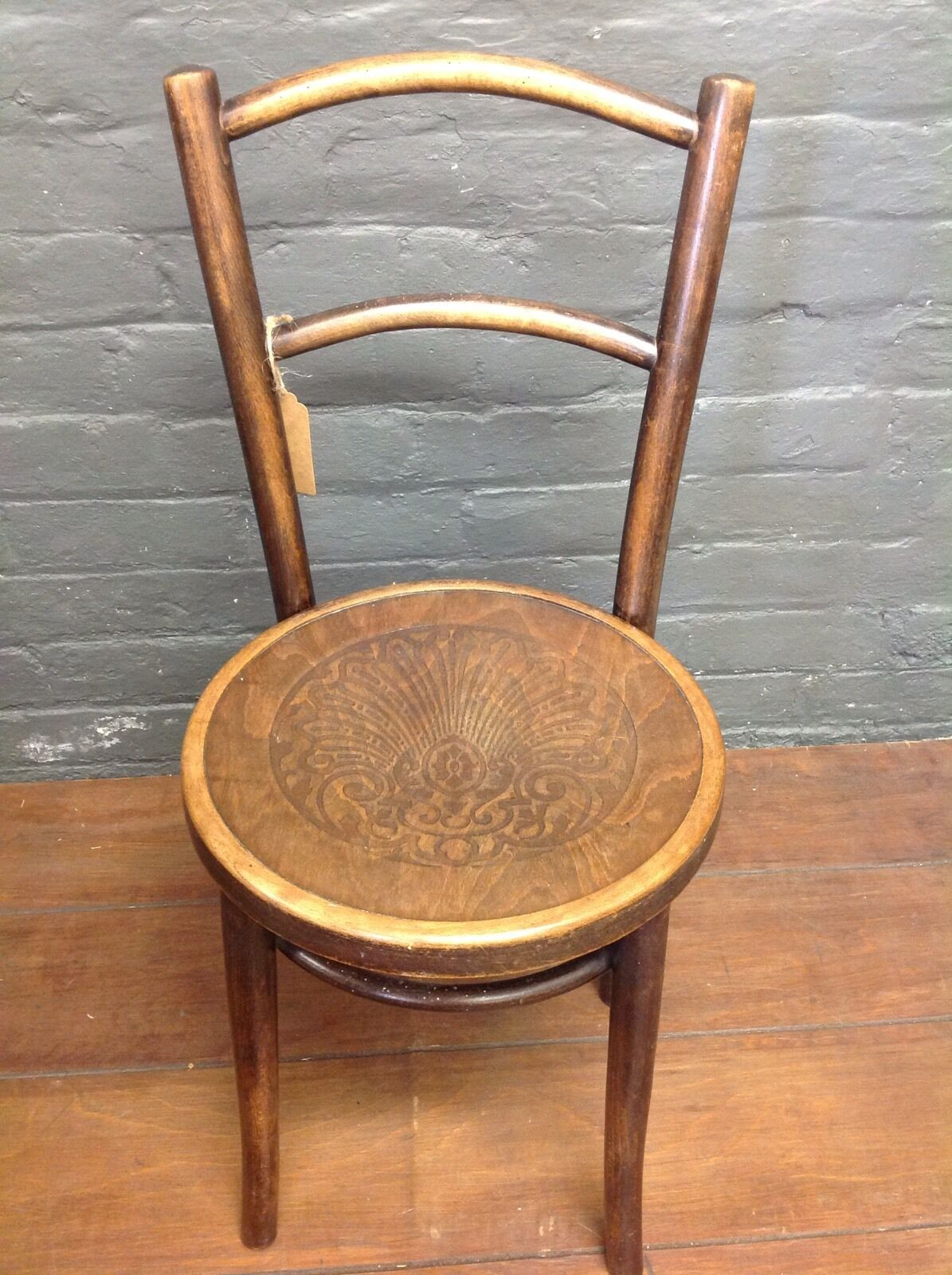 Early 20th Century Brentwood Chair