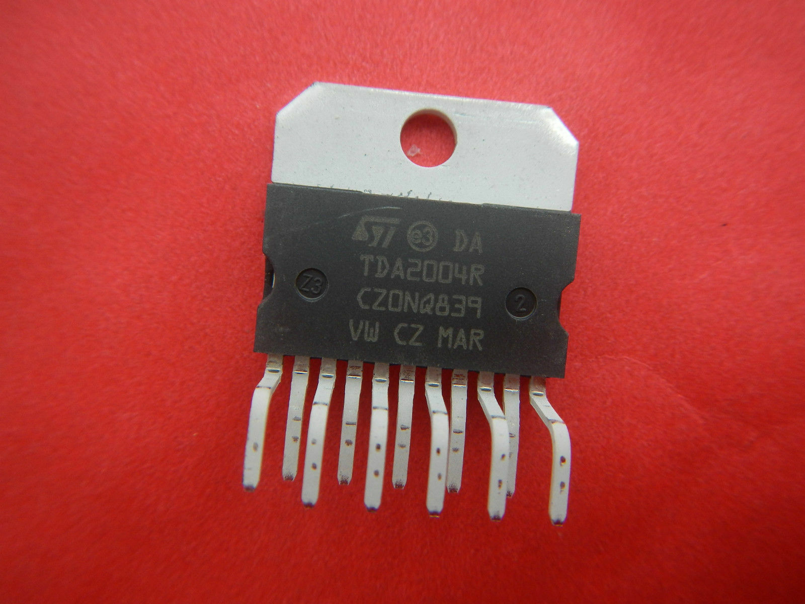 Tda2004 Tda2004r Integrated Circuit From St Microelectronics 099 Ne555 Datasheet Pdf Stmicroelectronics 1 Of 1only 5 Available