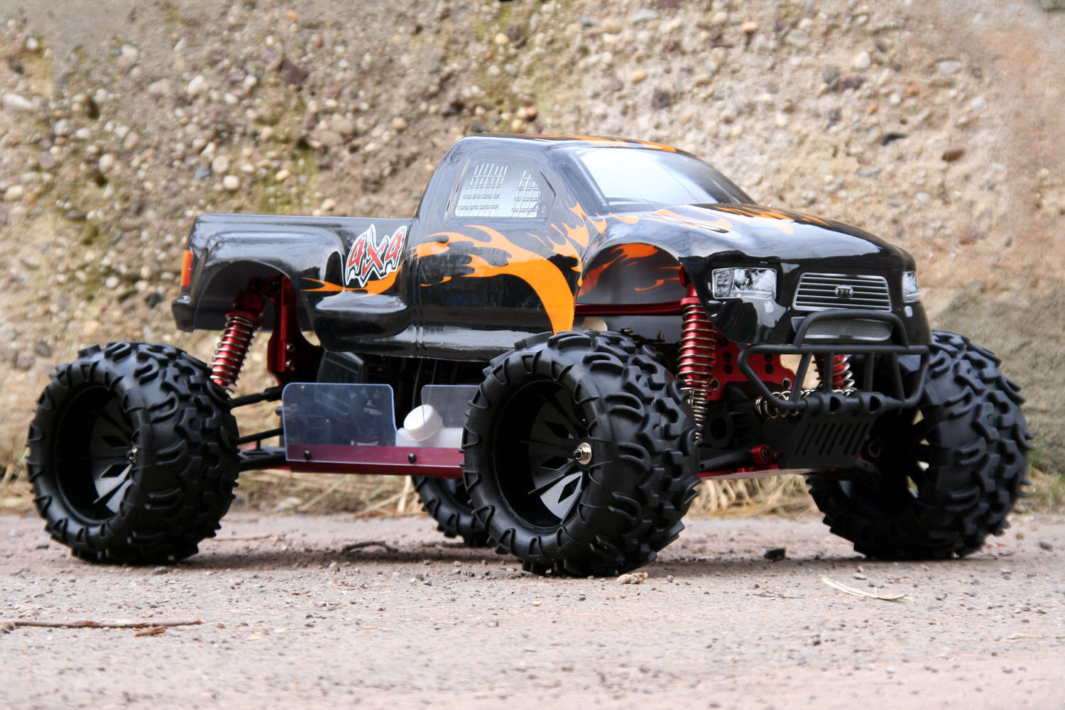 xtc rc mega monster truck 30 5ccm 4ps 80km h 1 5 70cm. Black Bedroom Furniture Sets. Home Design Ideas