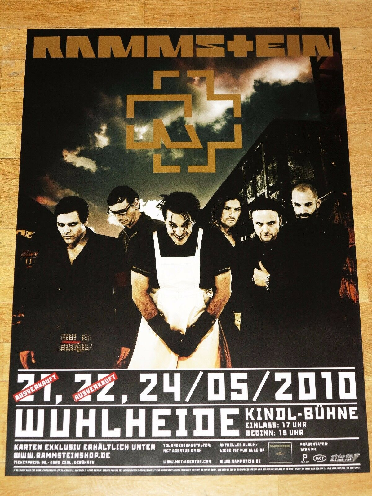 rammstein konzert poster 2010 berlin wuhlheide original plakat in mint eur 19 90 picclick de. Black Bedroom Furniture Sets. Home Design Ideas