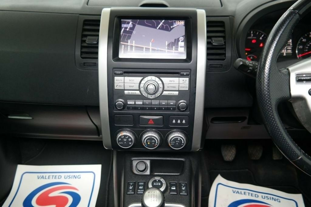 2013 Nissan Infiniti Connect Premium X9 Europe Navigation
