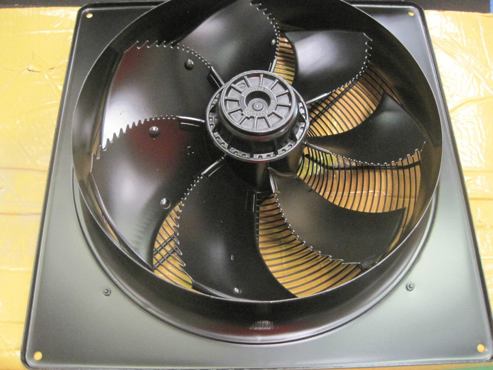 Extractor Fans Industrial : Industrial extractor fan mm v rpm m hr